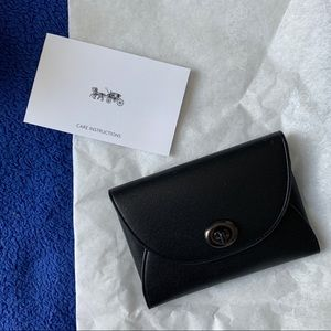 Coach leather card case turnlock